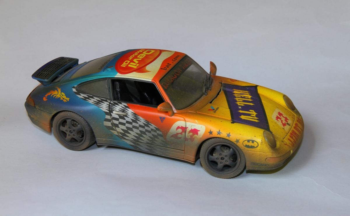 Bemalte Modellautos Format 1 18